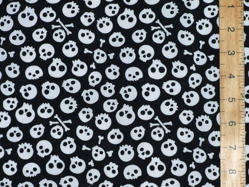 Halloween Prints Polycotton - Aliens (White on Black)