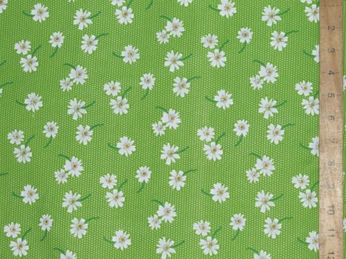 Daisy Floral Printed Polycotton Fabric (Lime)